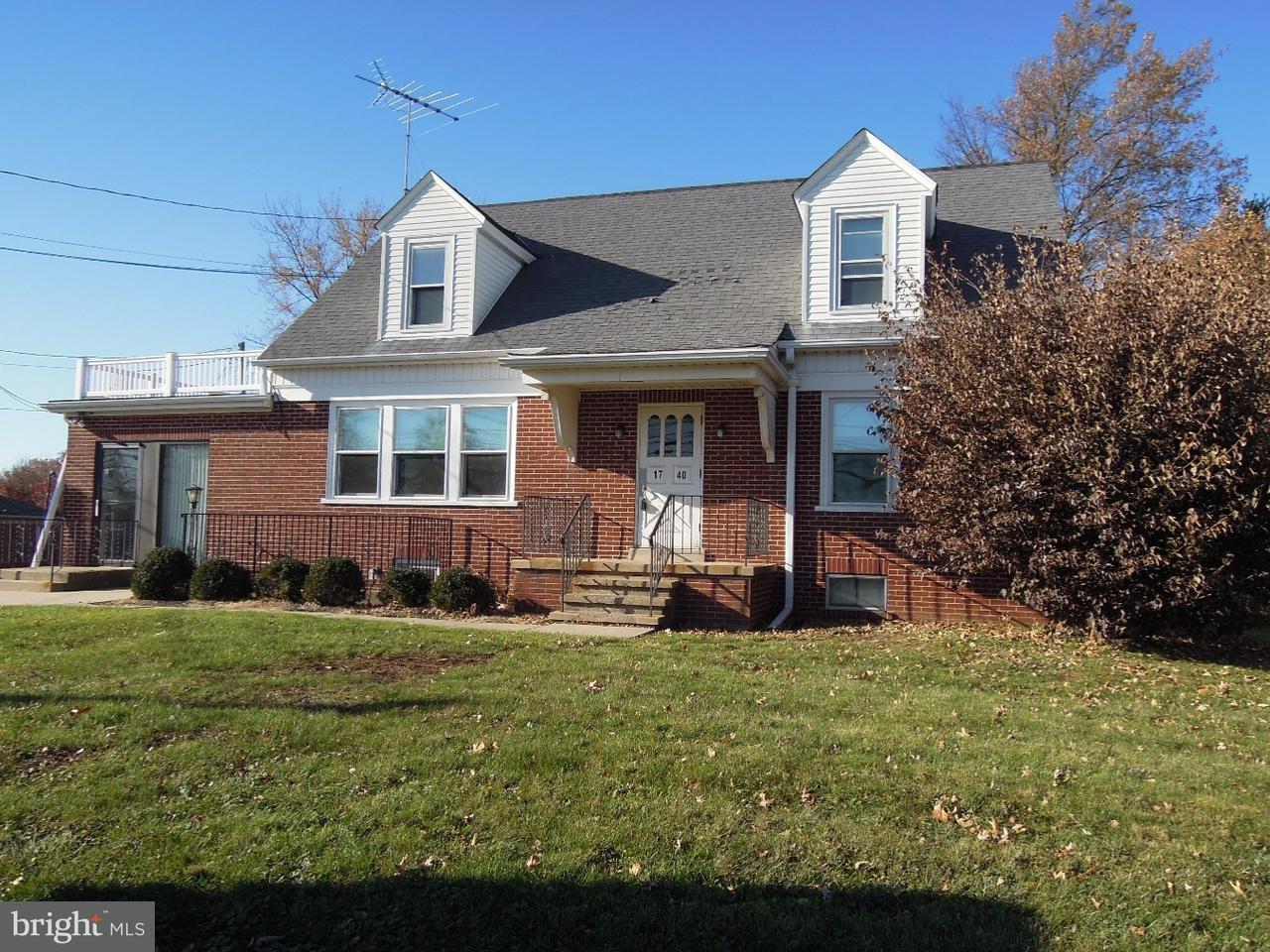 Частный односемейный дом для того Аренда на 1740 N BROAD Street Lansdale, Пенсильвания 19446 Соединенные Штаты