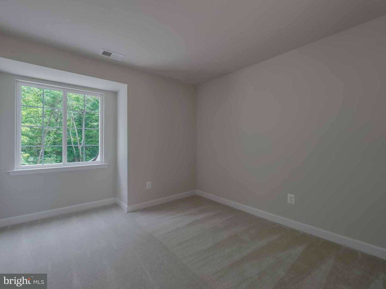 Additional photo for property listing at 19020 NORTH PORTO BELLO Drive 19020 NORTH PORTO BELLO Drive Drayden, 馬里蘭州 20630 美國