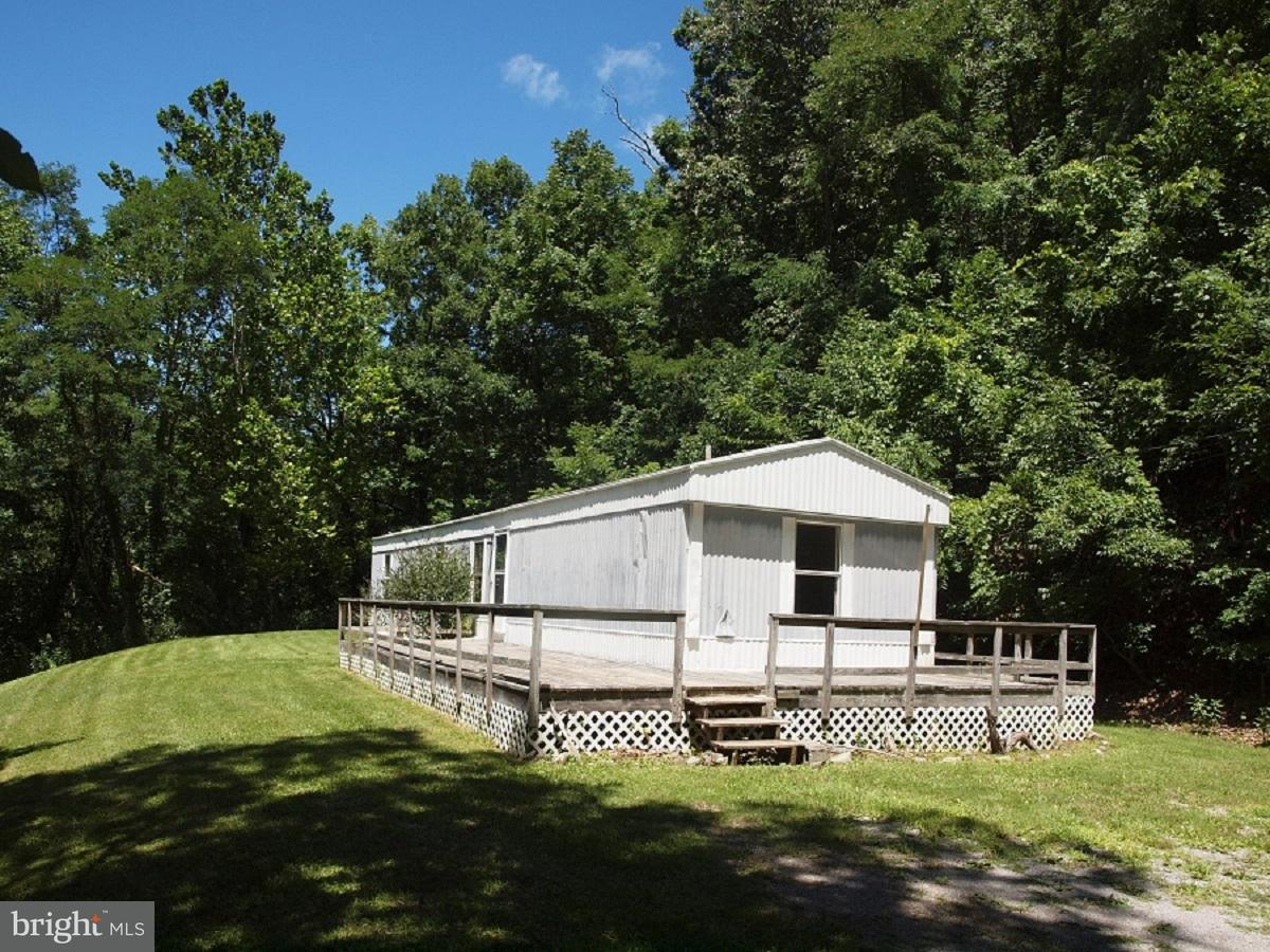 Single Family for Sale at 8442 Snowy Mountain Road Circleville, West Virginia 26804 United States