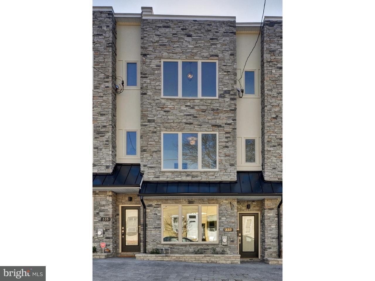 Maison accolée pour l Vente à 333 DELMAR Street Philadelphia, Pennsylvanie 19128 États-Unis