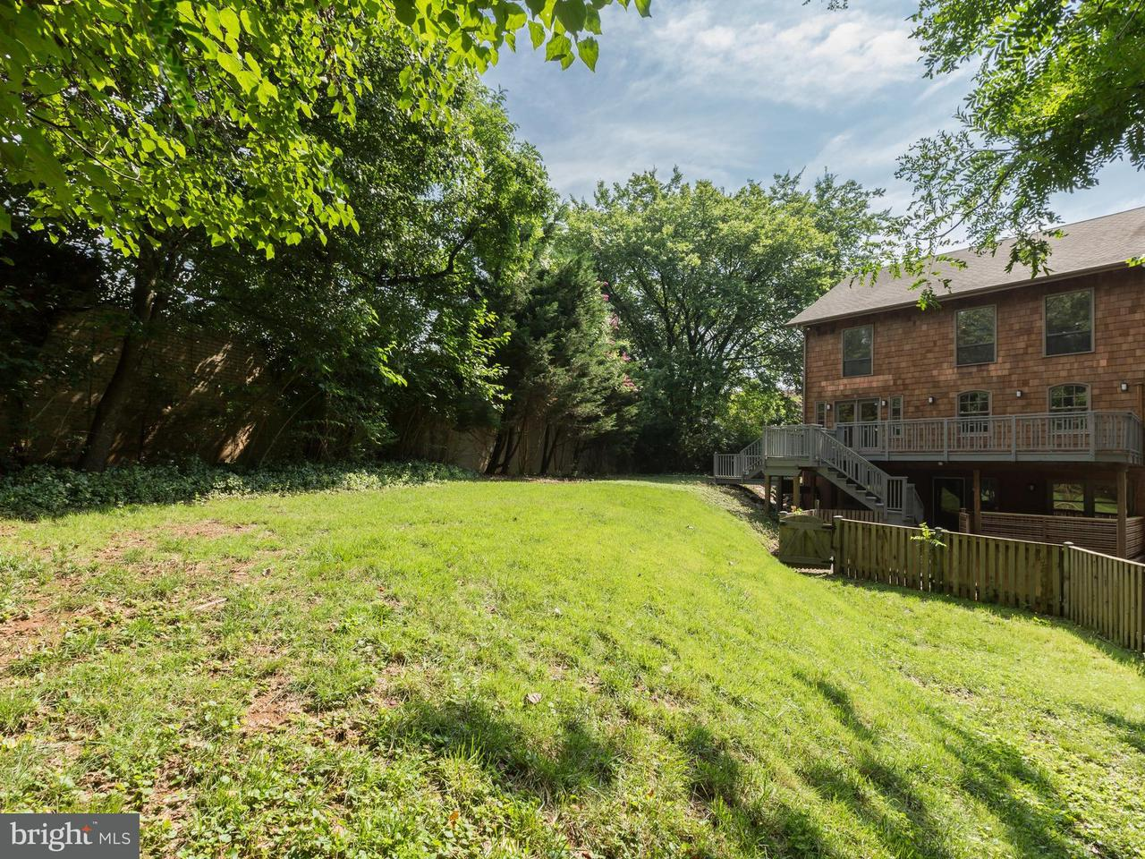 Additional photo for property listing at 3310 Idaho Ave NW  Washington, District Of Columbia 20016 United States