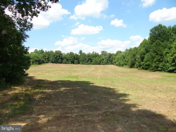 Additional photo for property listing at Windsor Place Windsor Place Pomfret, Maryland 20675 Estados Unidos