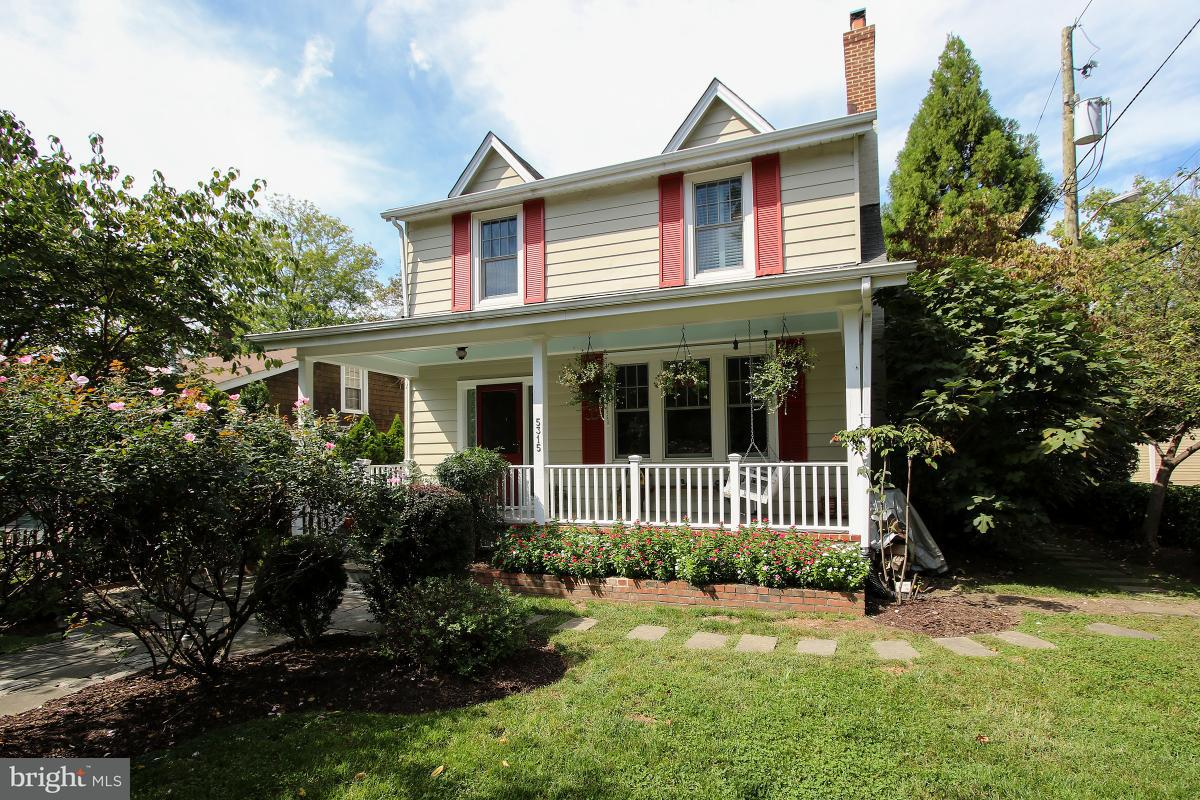 Single Family Home for Sale at 5315 MACOMB ST NW 5315 MACOMB ST NW Washington, District Of Columbia 20016 United States