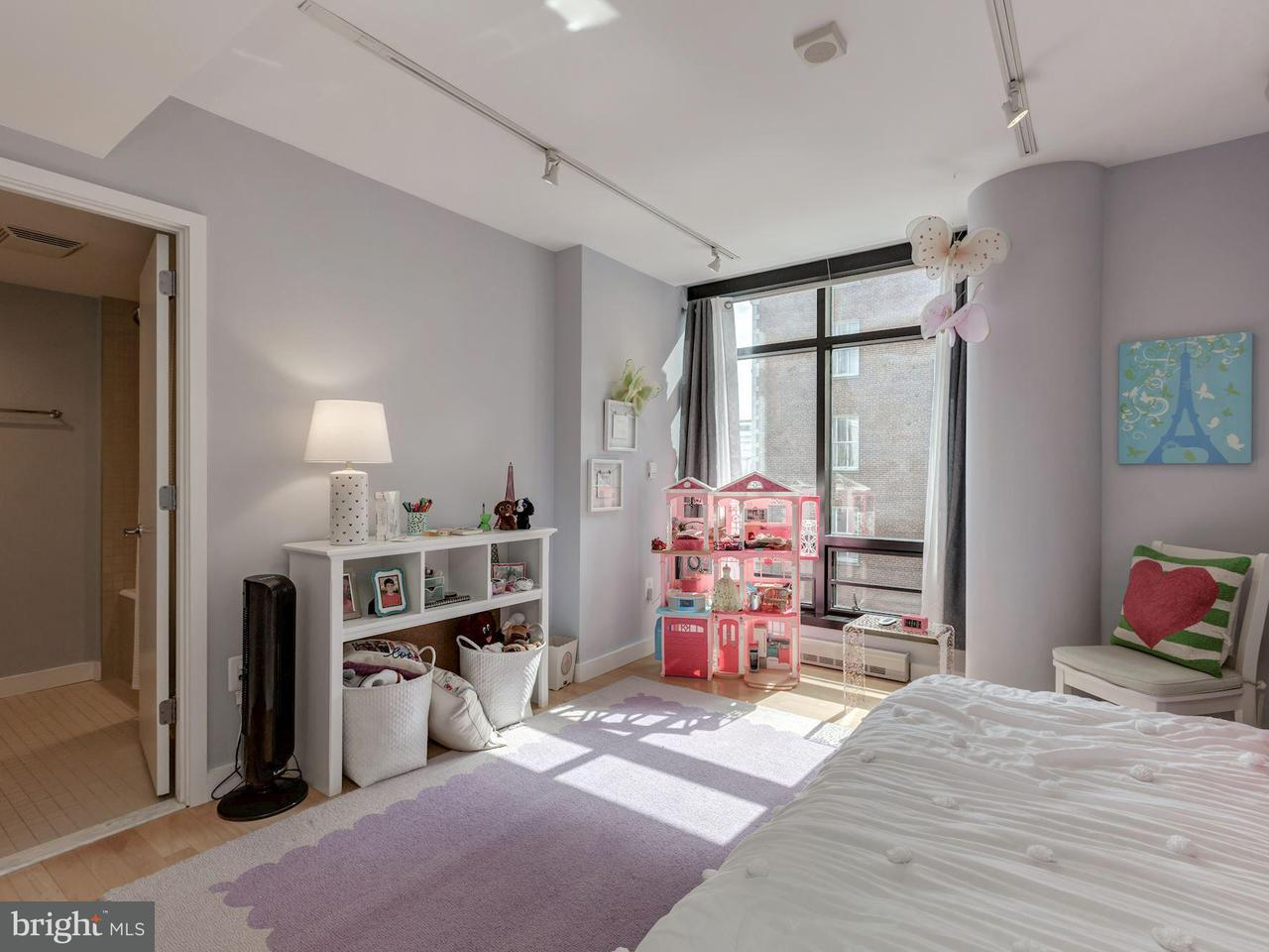 Additional photo for property listing at 912 F St NW #505  Washington, District Of Columbia 20004 United States