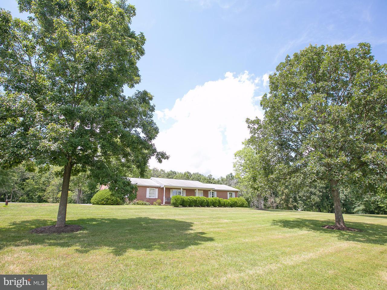 Частный односемейный дом для того Продажа на 7788 GREENWICH Road 7788 GREENWICH Road Catlett, Виргиния 20119 Соединенные Штаты