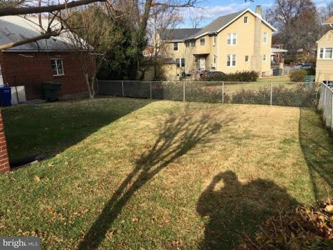 Additional photo for property listing at 1526 CHANNING ST NE 1526 CHANNING ST NE Washington, Περιφερεια Τησ Κολουμπια 20018 Ηνωμενεσ Πολιτειεσ