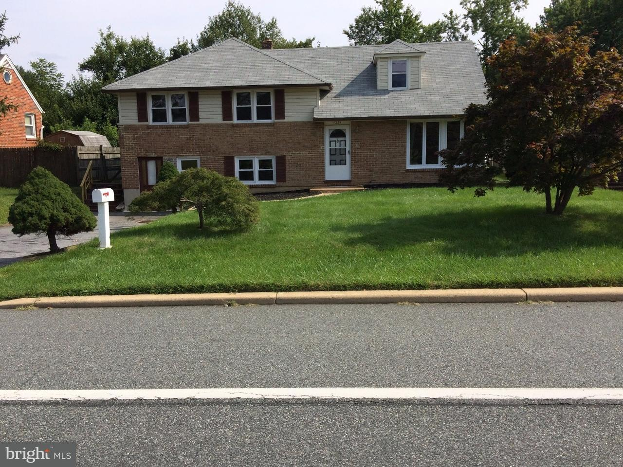 Частный односемейный дом для того Аренда на 1224 WILSON Road Wilmington, Делавэр 19803 Соединенные Штаты