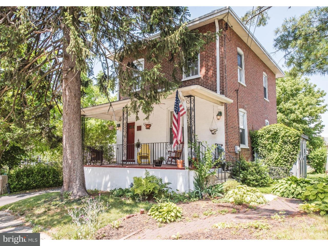 Частный односемейный дом для того Продажа на 53 E CLEVELAND Avenue Norwood, Пенсильвания 19074 Соединенные Штаты