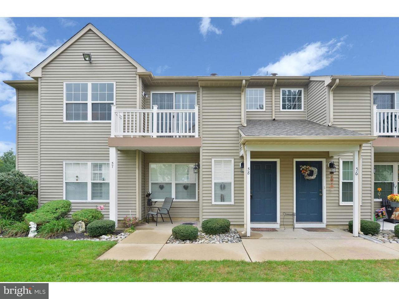 Appartement en copropriété pour l à louer à 58 CRESTMONT Drive Mantua, New Jersey 08051 États-Unis