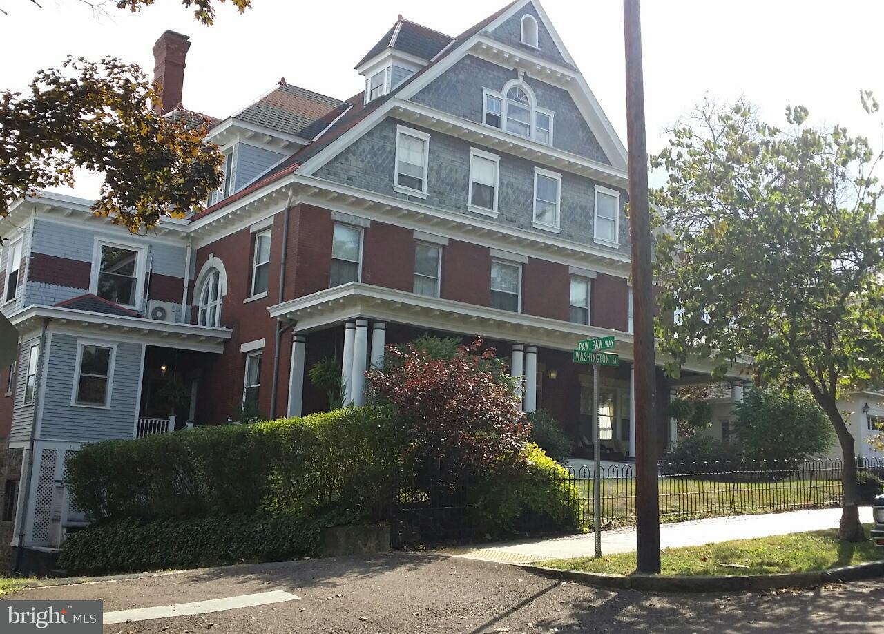 Single Family Home for Sale at 412 WASHINGTON Street 412 WASHINGTON Street Cumberland, Maryland 21502 United States