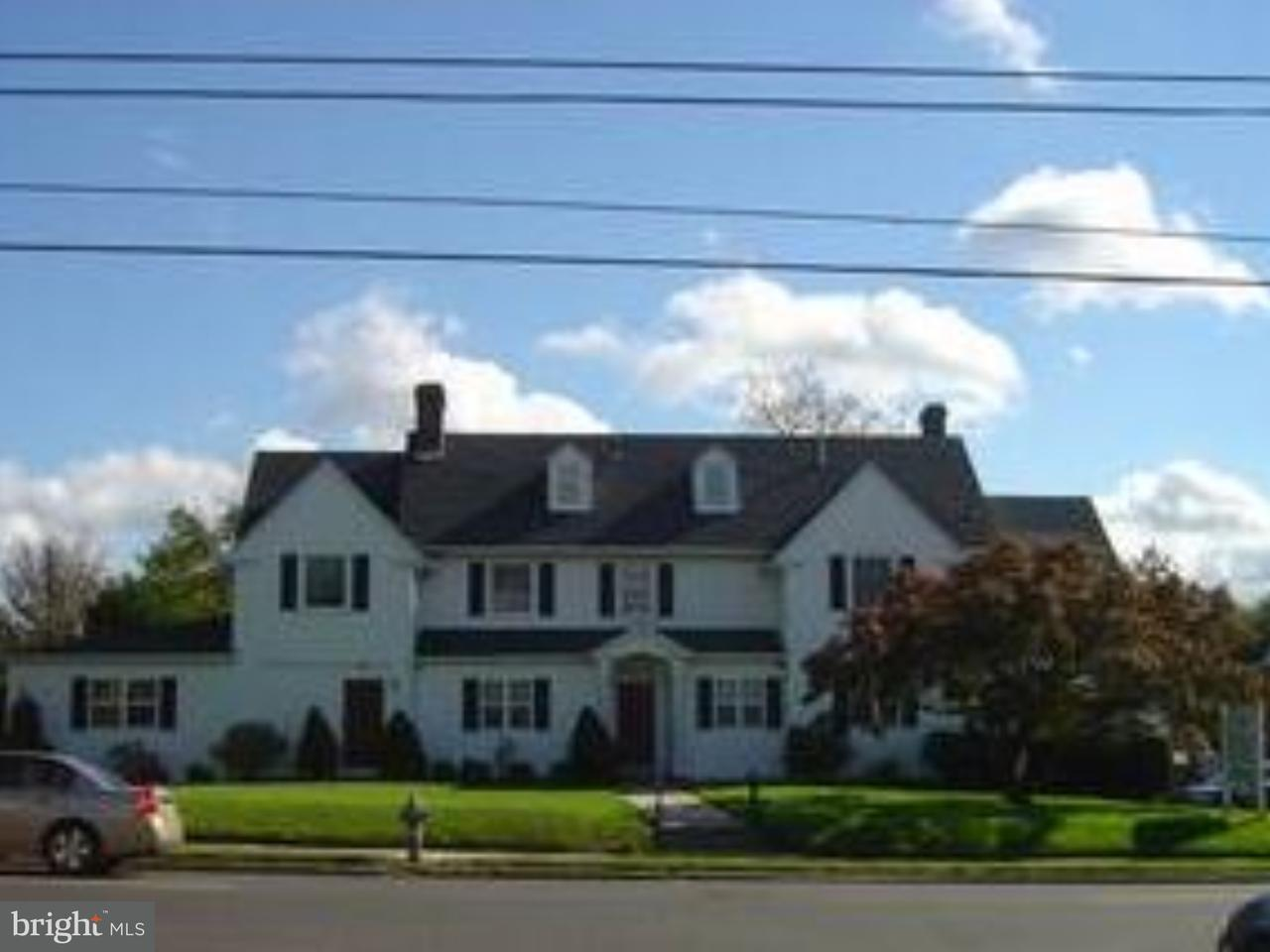 Single Family Home for Sale at 3400 GARRETT Road Drexel Hill, Pennsylvania 19026 United States