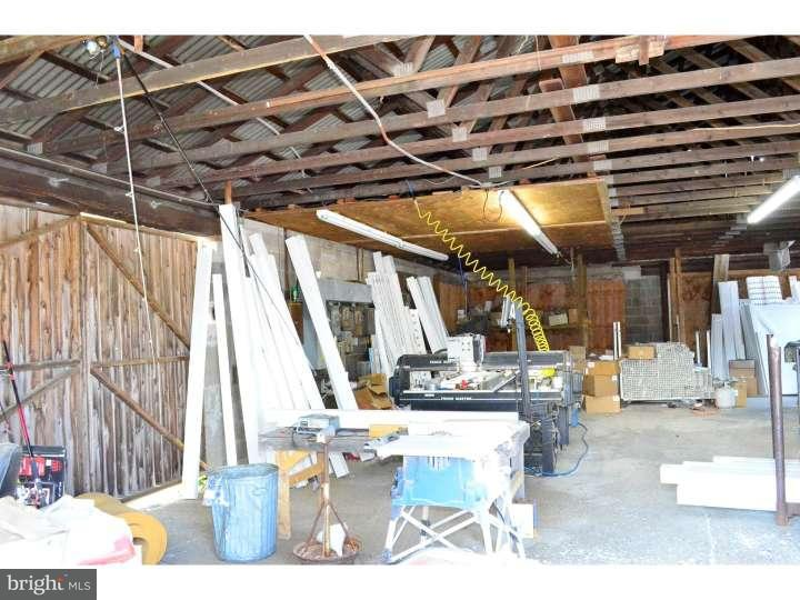 Additional photo for property listing at 2101 WOODLAND Avenue  Hammonton, 新泽西州 08037 美国