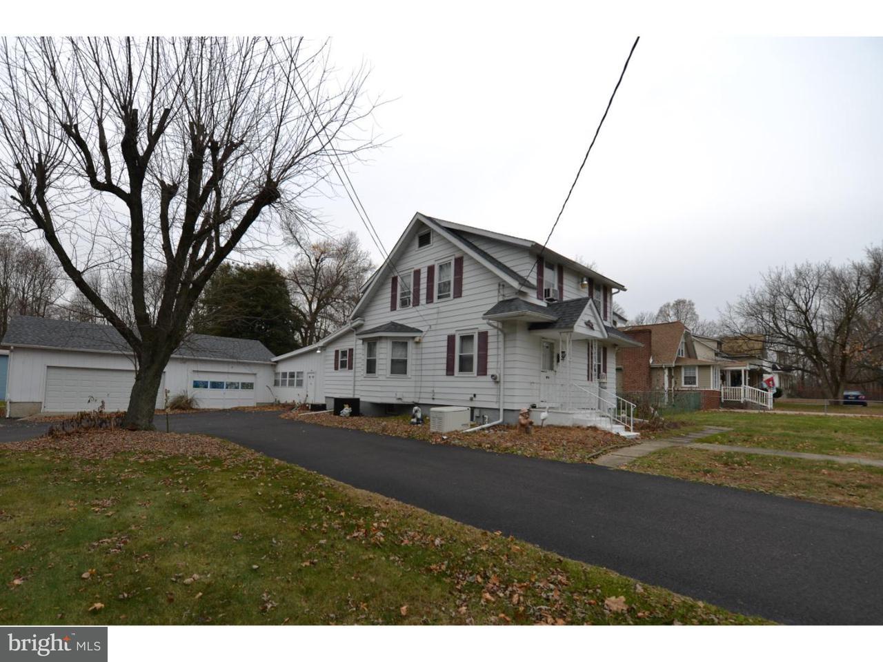 独户住宅 为 销售 在 661 TANYARD Road Woodbury, 新泽西州 08096 美国