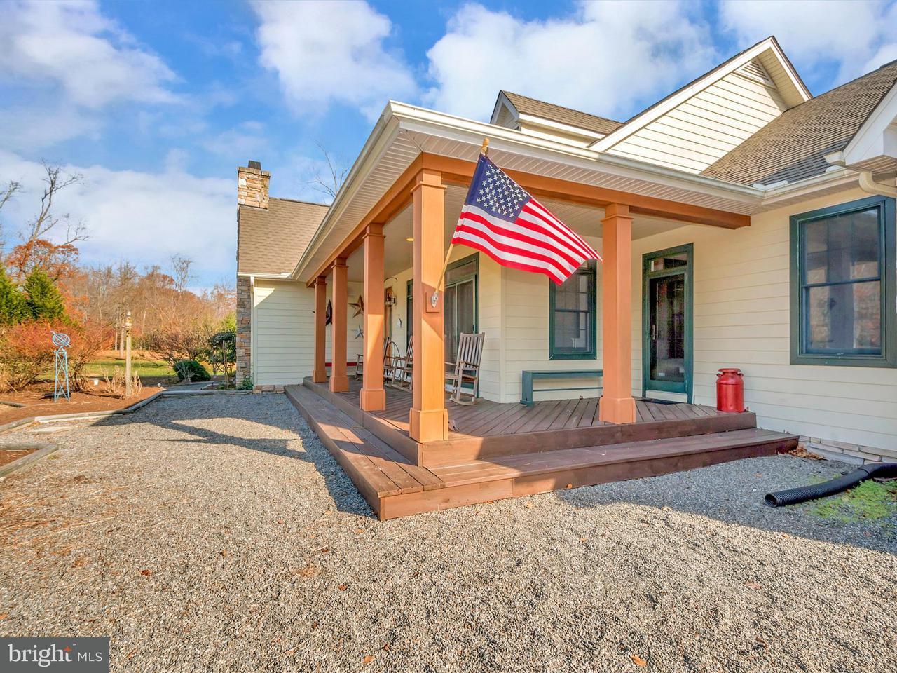 Μονοκατοικία για την Πώληση στο 9301 SANDY BEACH Lane 9301 SANDY BEACH Lane King George, Βιρτζινια 22485 Ηνωμενεσ Πολιτειεσ