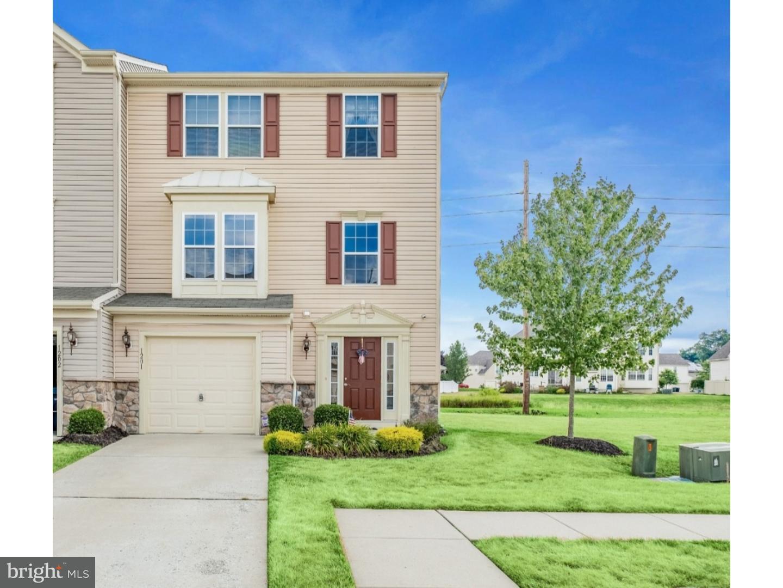 独户住宅 为 销售 在 1201 EXPOSITION Drive Williamstown, 新泽西州 08094 美国在/周边: Monroe Township