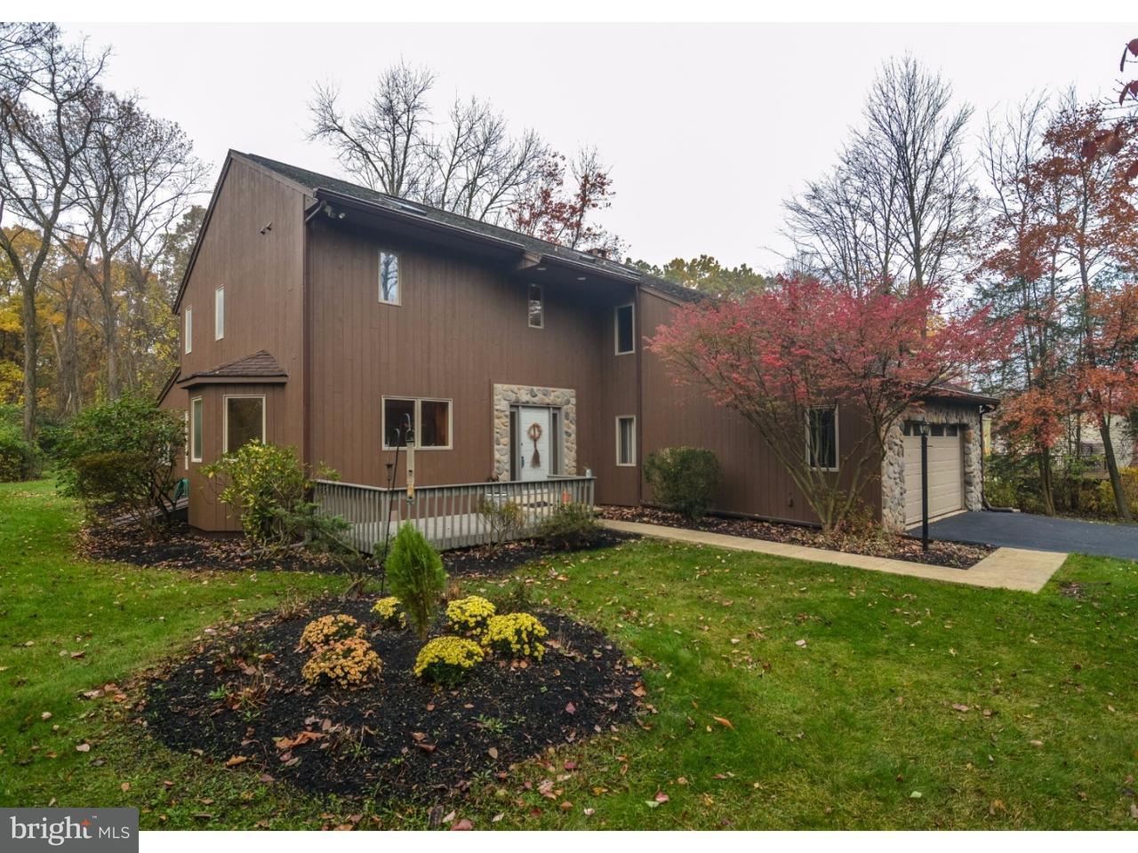 Частный односемейный дом для того Продажа на 44 CEPP Road Perkiomenville, Пенсильвания 18074 Соединенные Штаты