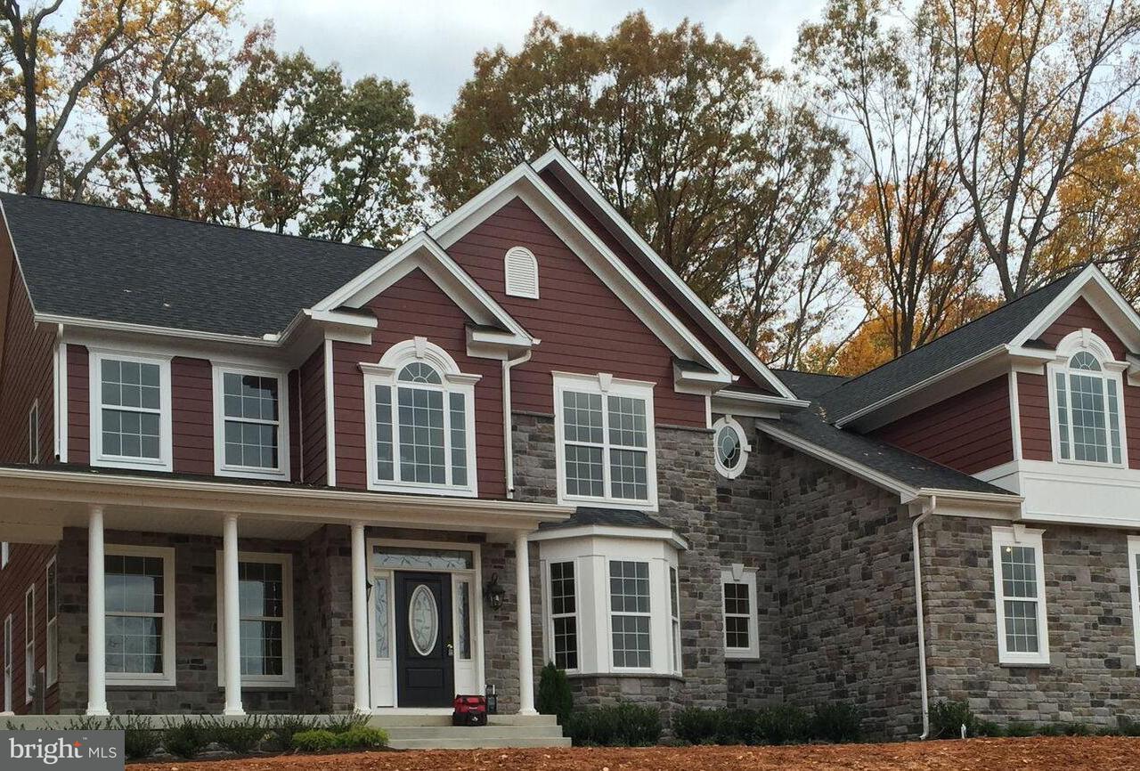 獨棟家庭住宅 為 出售 在 12171 FULTON ESTATES Court 12171 FULTON ESTATES Court Highland, 馬里蘭州 20777 美國