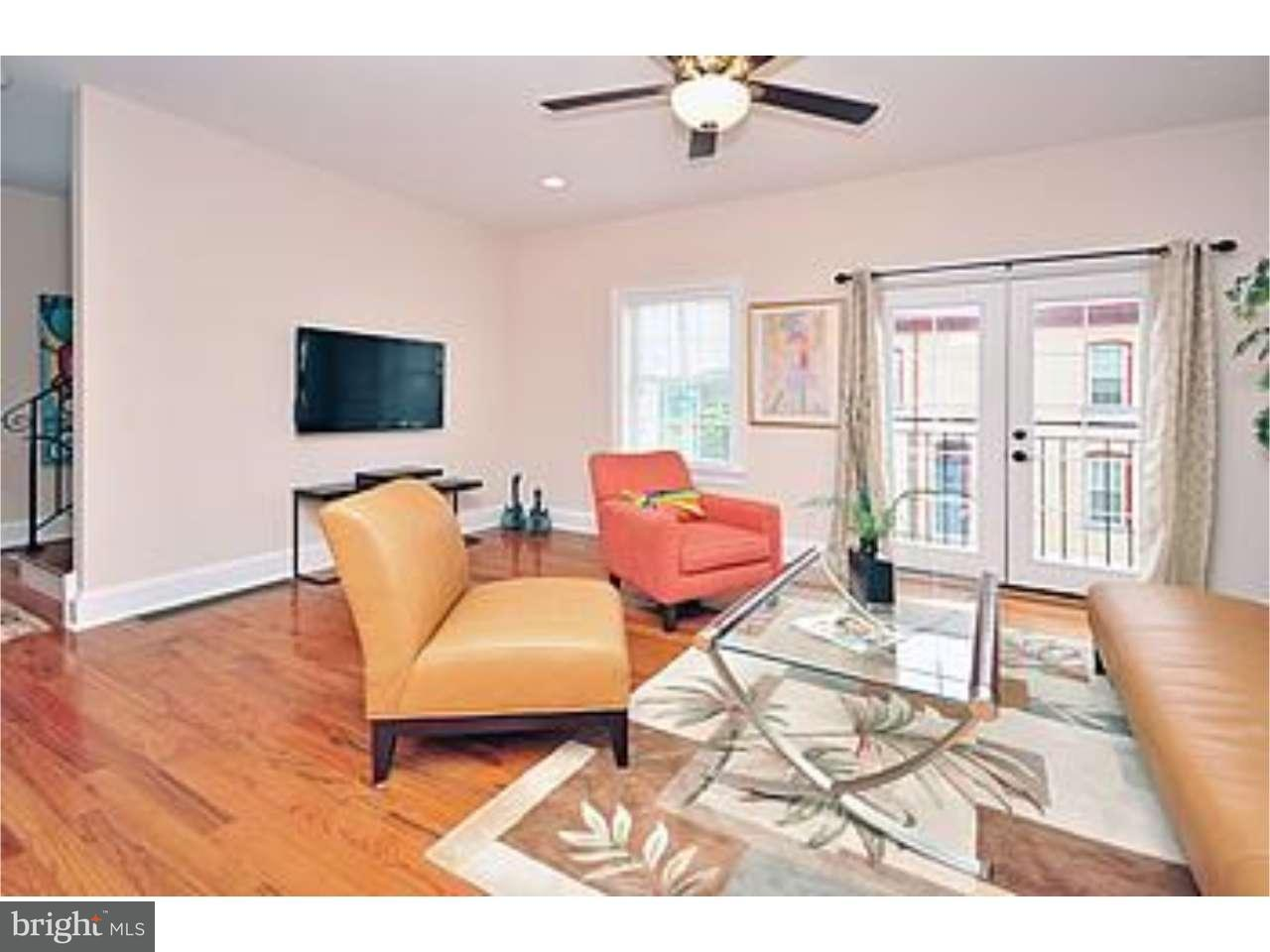 Additional photo for property listing at 537 APPLE ST #001  West Conshohocken, Pennsylvania 19428 United States