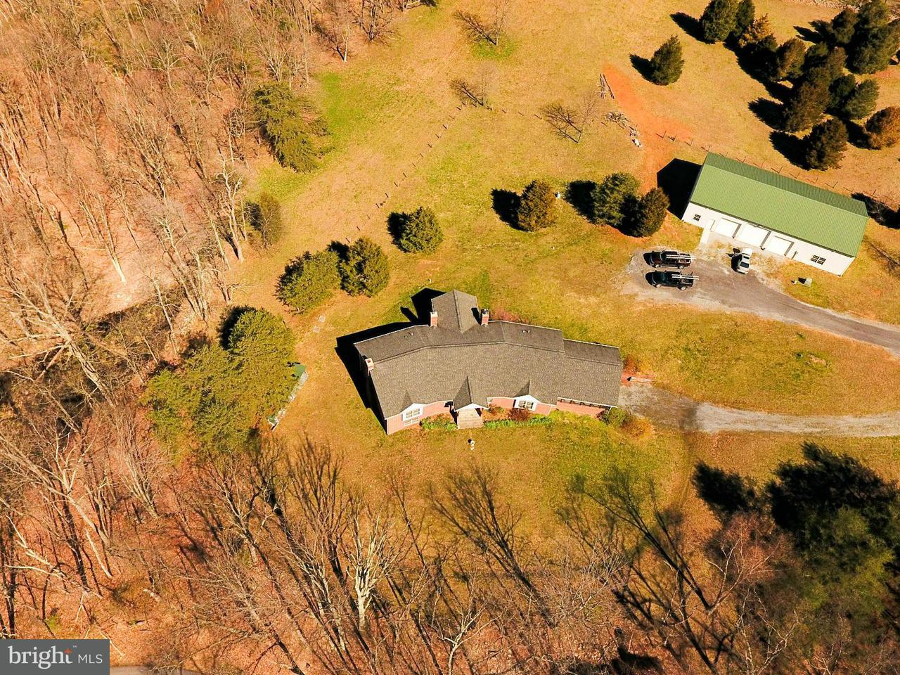 Casa Unifamiliar por un Venta en 12536 Mummert Road 12536 Mummert Road Clear Spring, Maryland 21722 Estados Unidos