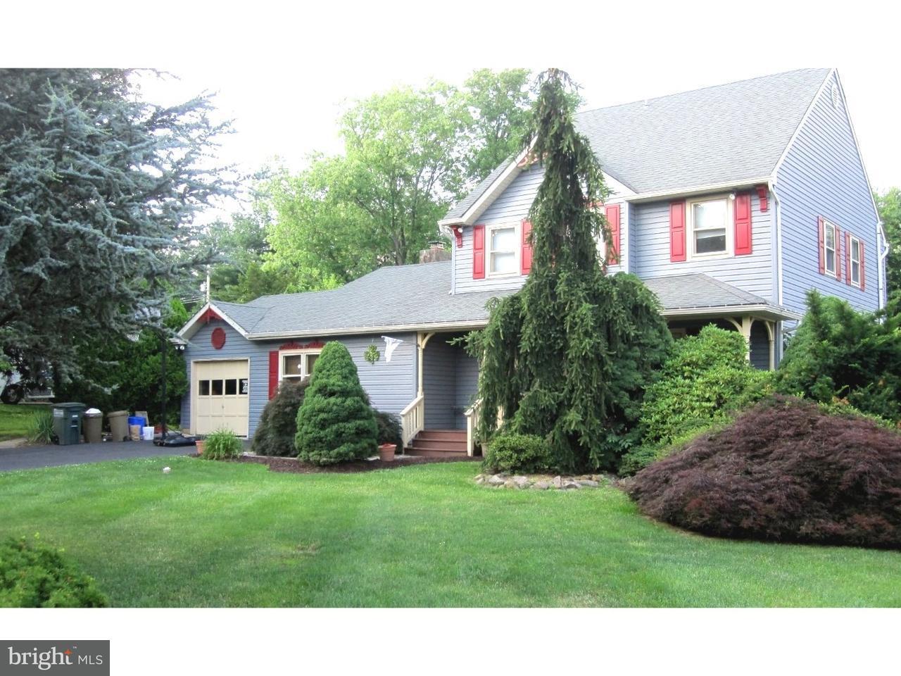 独户住宅 为 销售 在 15 N HILLTOP Drive Churchville, 宾夕法尼亚州 18966 美国
