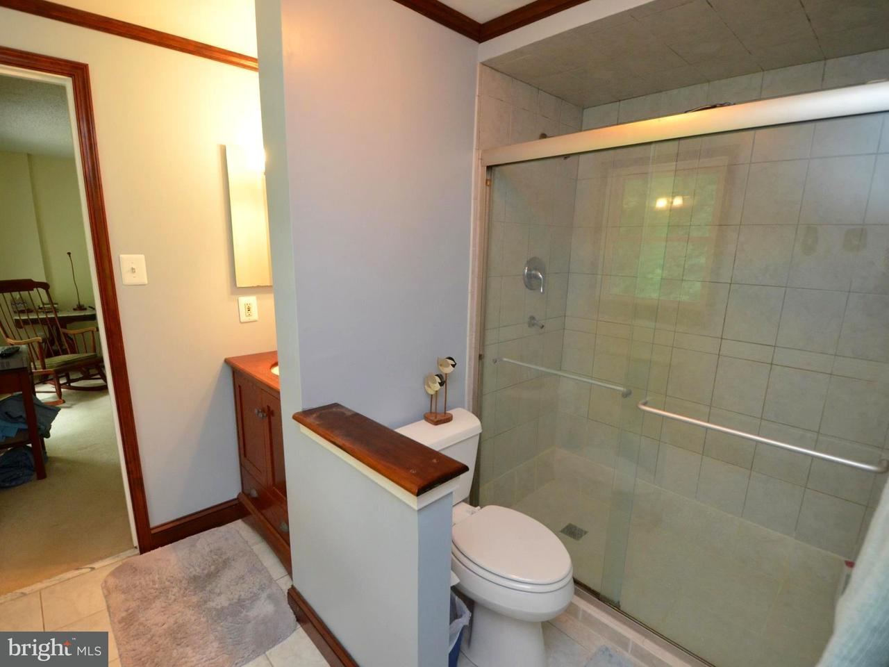 Additional photo for property listing at 11 Tracys Lane 11 Tracys Lane Tracys Landing, 马里兰州 20779 美国