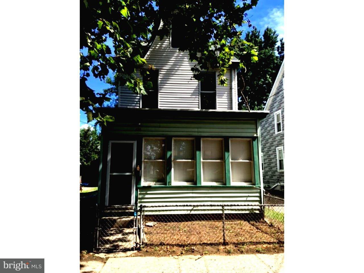 联栋屋 为 销售 在 630 ELIZABETH Street Beverly, 新泽西州 08010 美国