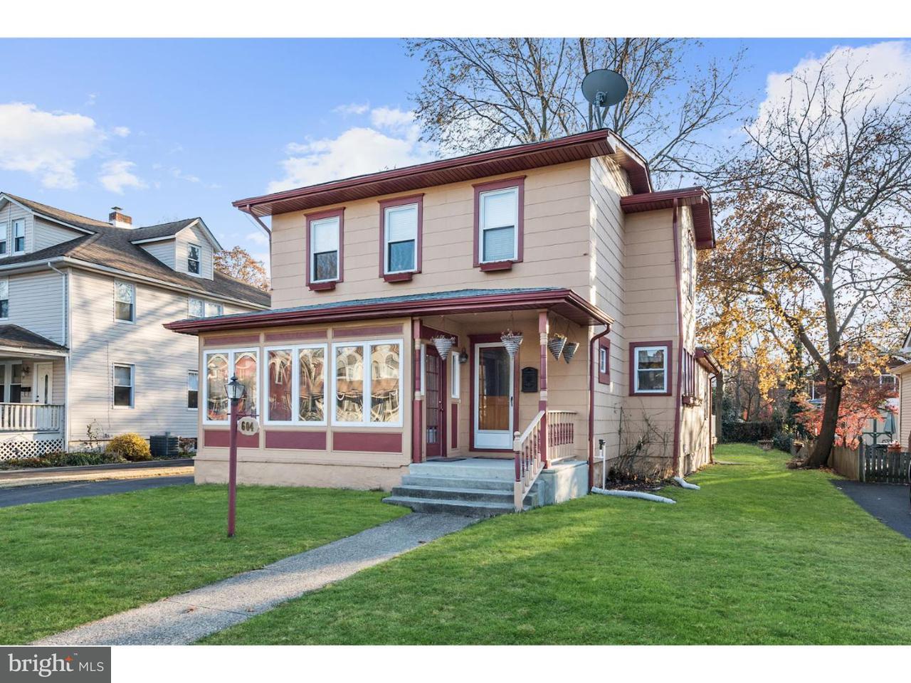 Casa Unifamiliar por un Venta en 604 LINDEN Avenue Riverton, Nueva Jersey 08077 Estados Unidos