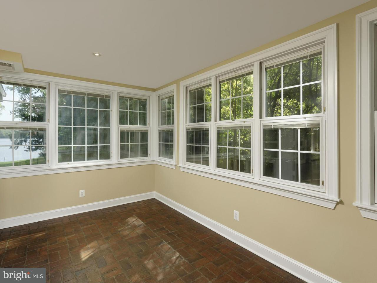 Additional photo for property listing at 820 HERBERT SPRINGS Road 820 HERBERT SPRINGS Road Alexandria, Virginia 22308 United States