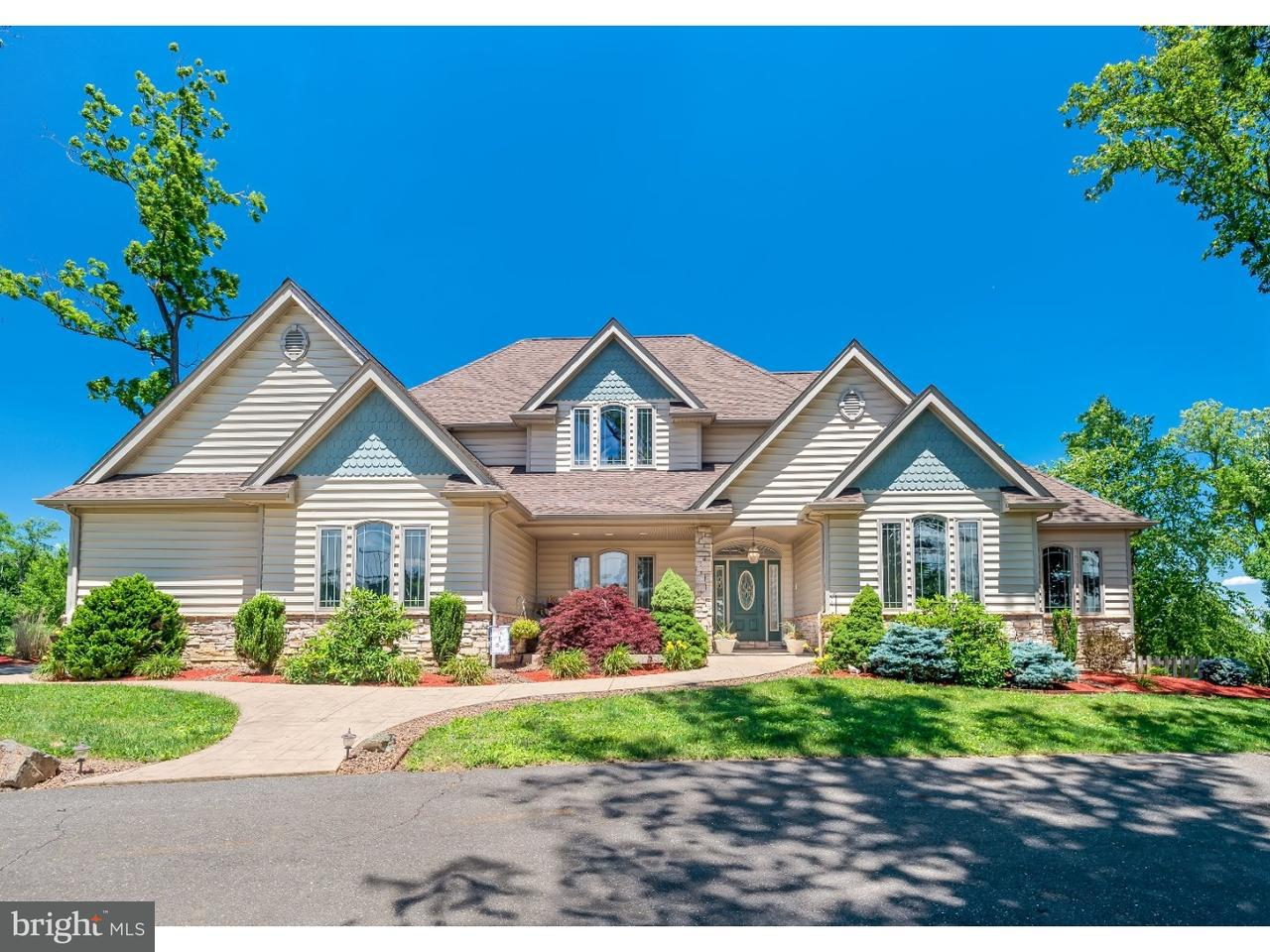 独户住宅 为 销售 在 122 ARNEYTOWN HORNERSTOWN Road Allentown, 新泽西州 08501 美国在/周边: Upper Freehold Township