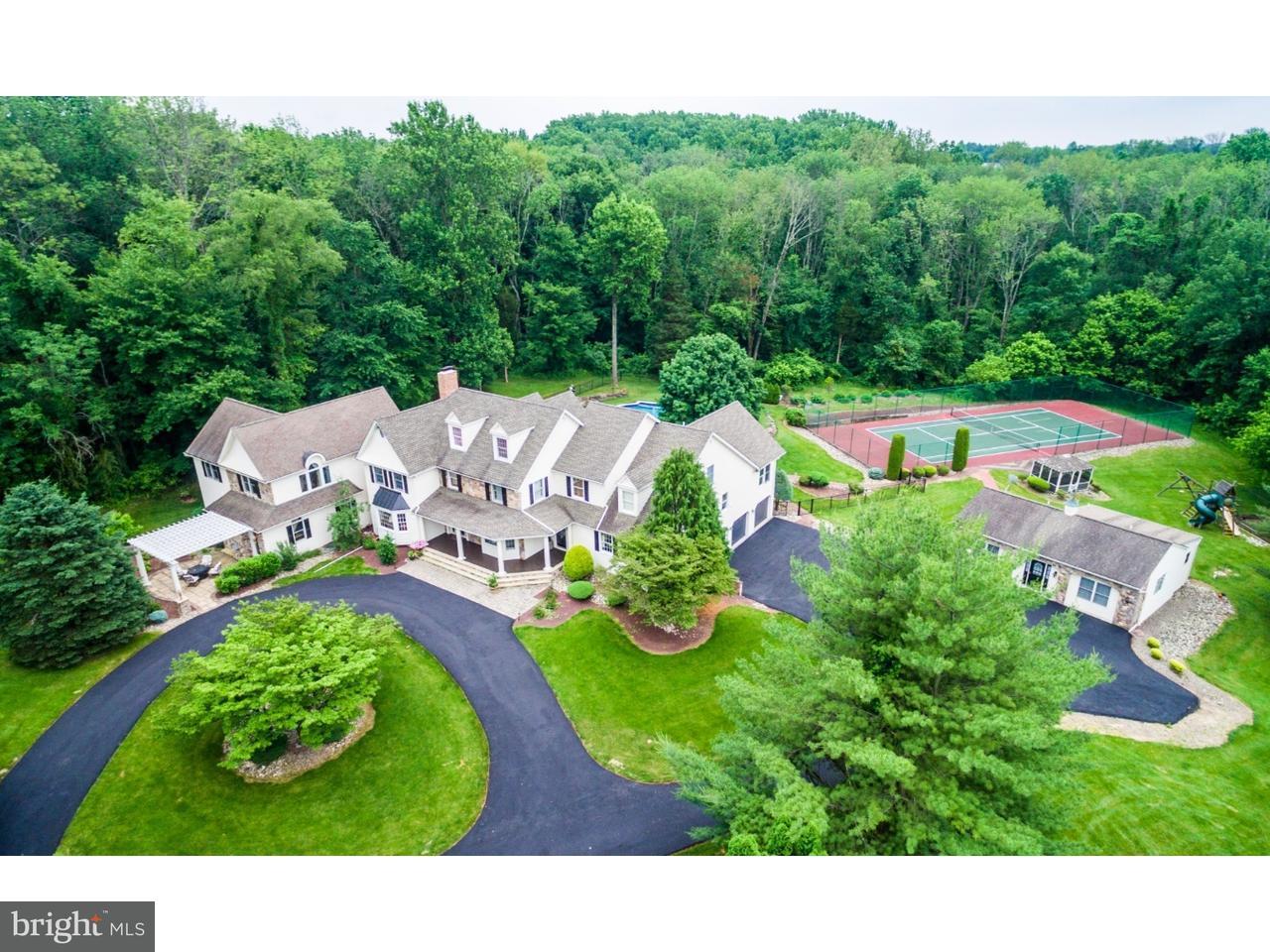 Частный односемейный дом для того Продажа на 1260 GRENOBLE Road Ivyland, Пенсильвания 18974 Соединенные Штаты