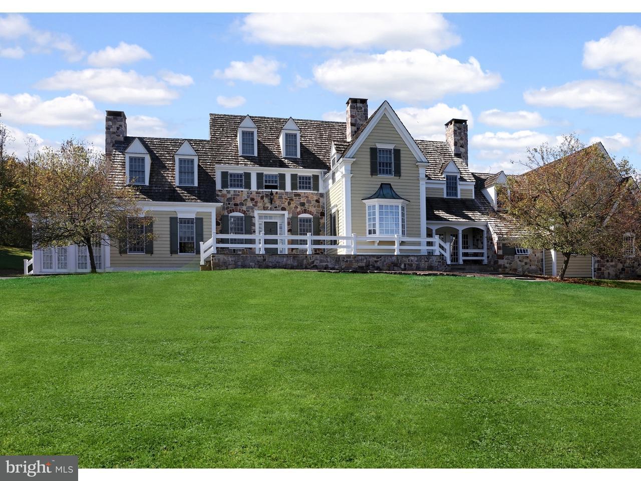Частный односемейный дом для того Продажа на 2 COACH FOUR N Franklin Twp, Нью-Джерси 08801 Соединенные ШтатыВ/Около: Franklin Twp