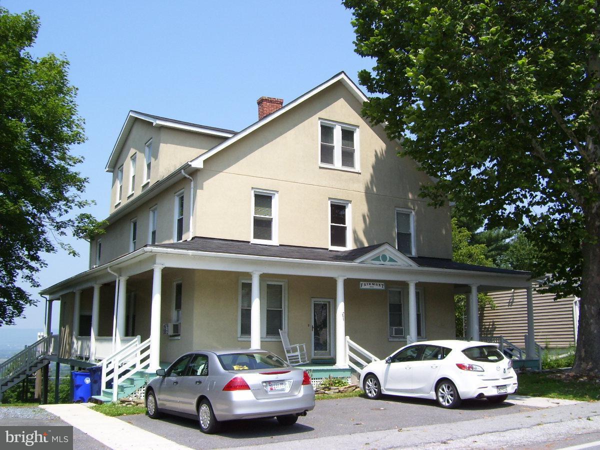 Многосемейный дом для того Продажа на 6642 Jefferson Blvd 6642 Jefferson Blvd Braddock Heights, Мэриленд 21714 Соединенные Штаты