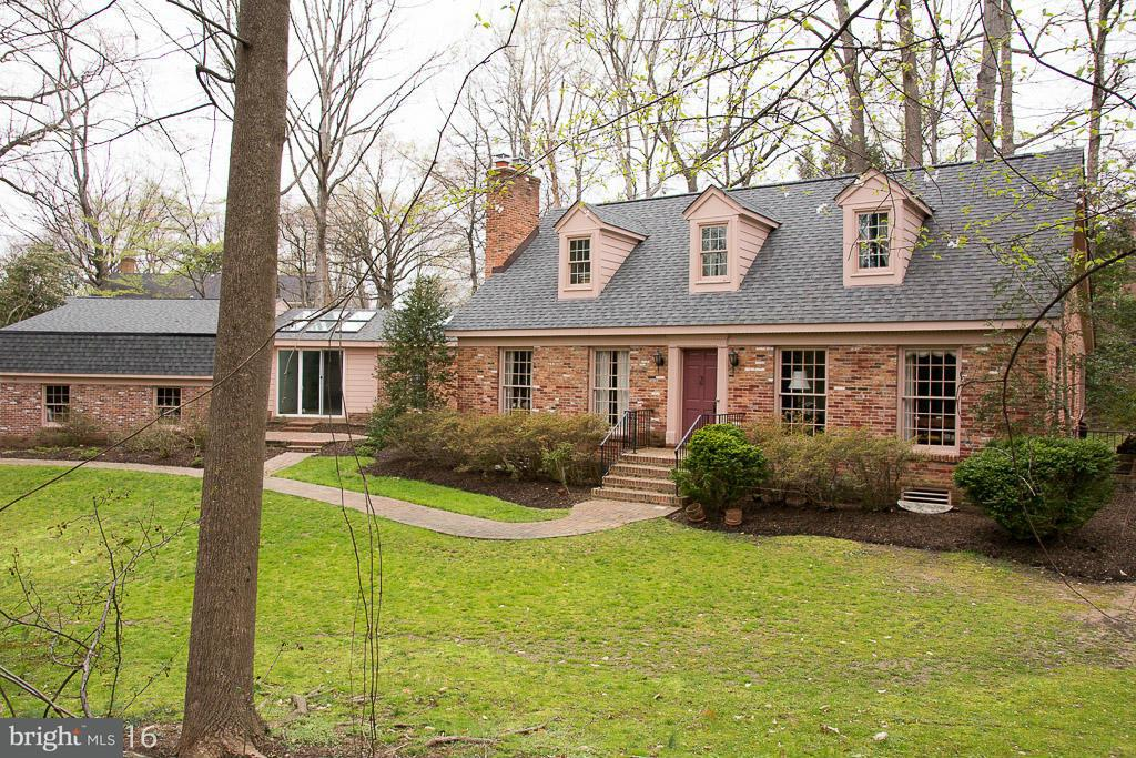 Single Family Home for Sale at 3865 RIVER ST N 3865 RIVER ST N Arlington, Virginia 22207 United States