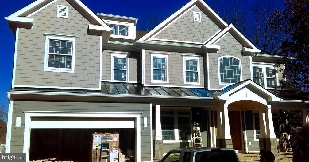 Single Family Home for Sale at 7116 CHURCHILL Road 7116 CHURCHILL Road McLean, Virginia 22101 United States