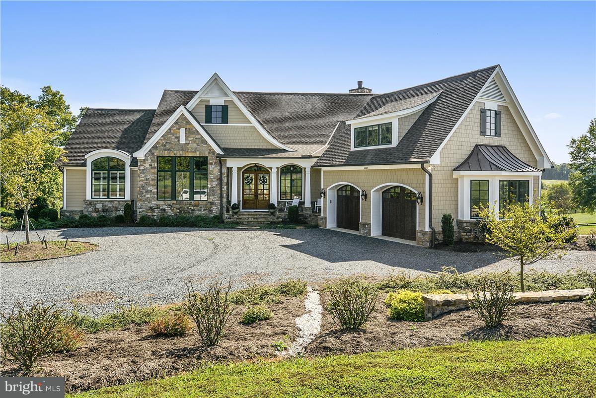 Single Family Home for Sale at 20271 GILESWOOD FARM Lane 20271 GILESWOOD FARM Lane Purcellville, Virginia 20132 United States