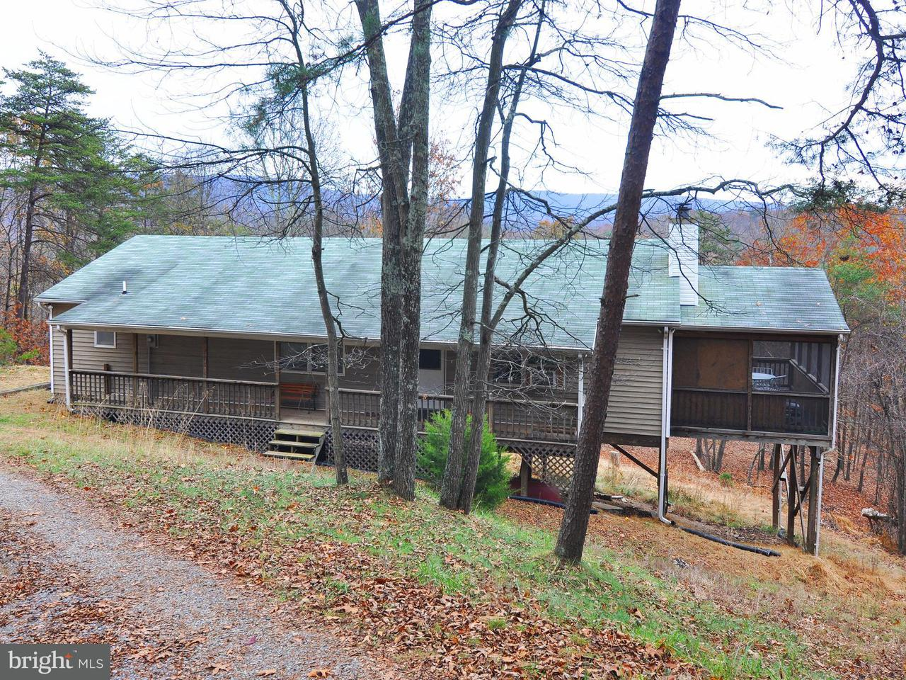 Single Family for Sale at 428 Fort Enochs Meadow Rd Paw Paw, West Virginia 25434 United States