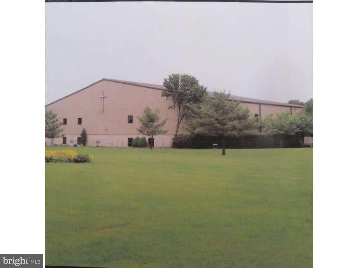 Maison unifamiliale pour l Vente à 638 BRUNSWICK PIKE Lambertville, New Jersey 08530 États-UnisDans/Autour: West Amwell Township