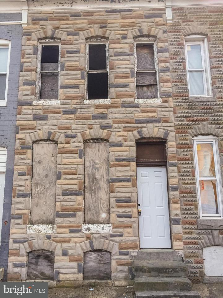 Single Family for Sale at 2411 Biddle St E Baltimore, Maryland 21213 United States