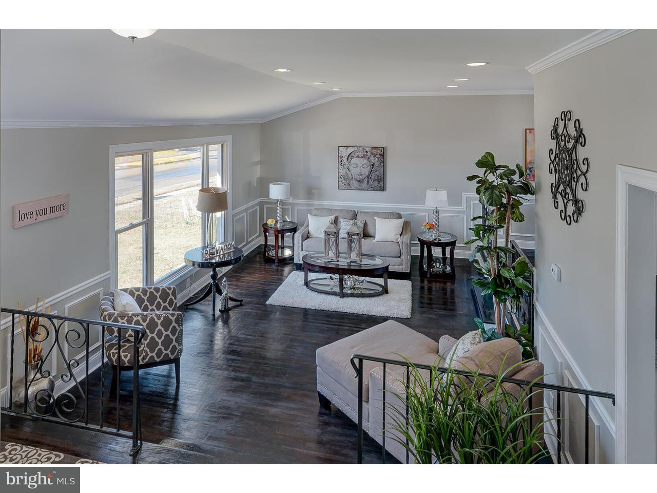 独户住宅 为 销售 在 308 CHERRIX Avenue Edgewater Park, 新泽西州 08010 美国