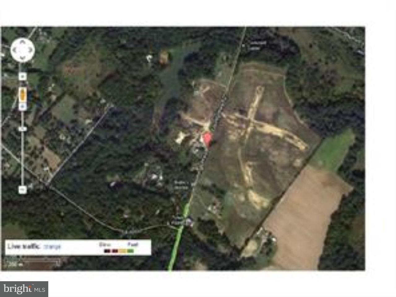Частный односемейный дом для того Продажа на N KINGS HWY Pilesgrove, Нью-Джерси 08098 Соединенные Штаты