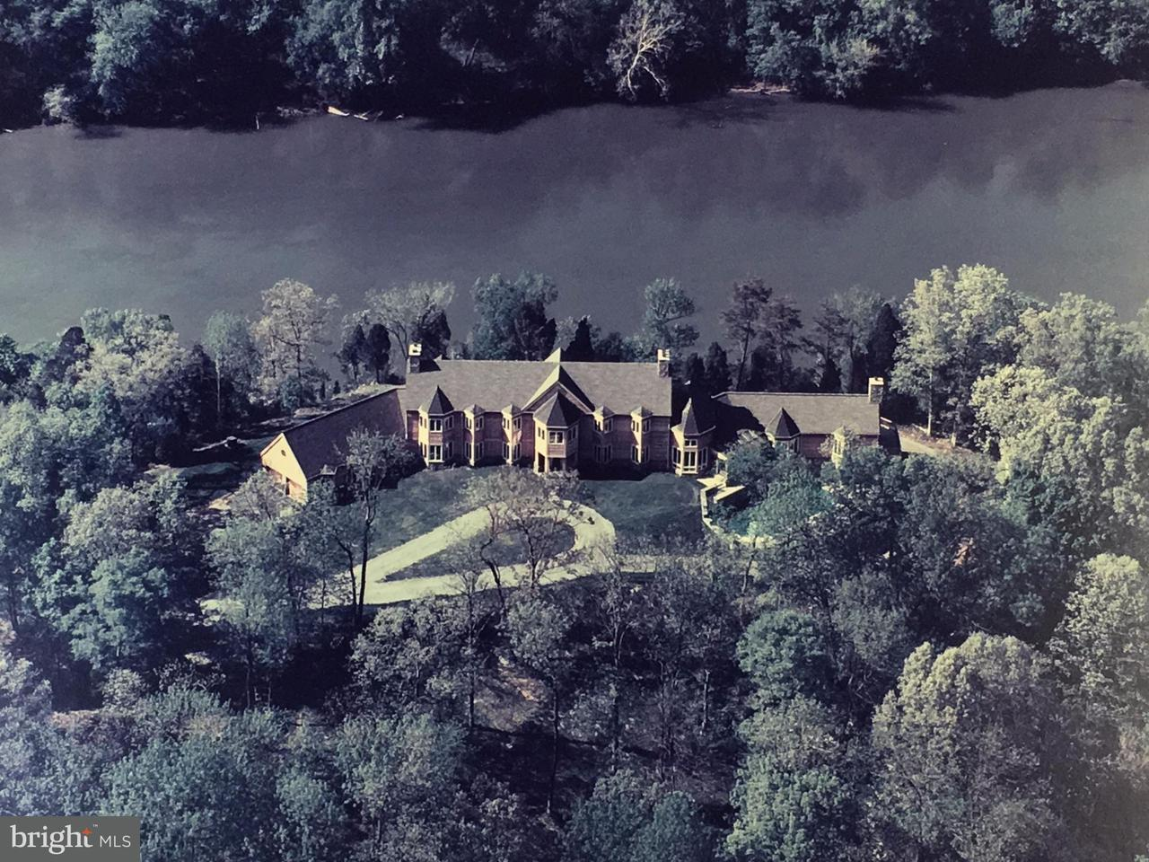 Farm / Hof für Verkauf beim 681 CARLYLE Road 681 CARLYLE Road Martinsburg, West Virginia 25404 Vereinigte Staaten