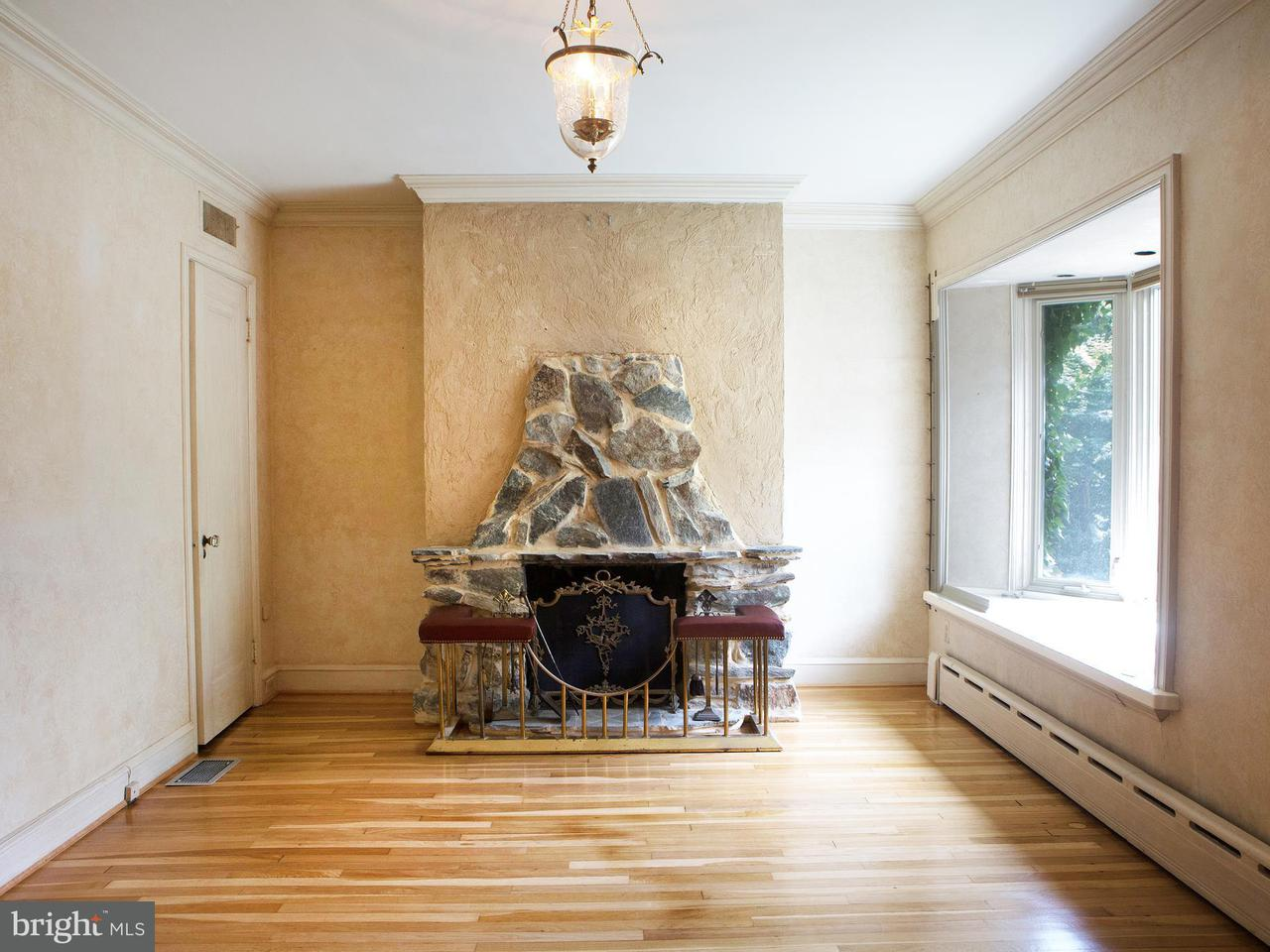 Additional photo for property listing at 3521 R St NW  Washington, District Of Columbia 20007 United States