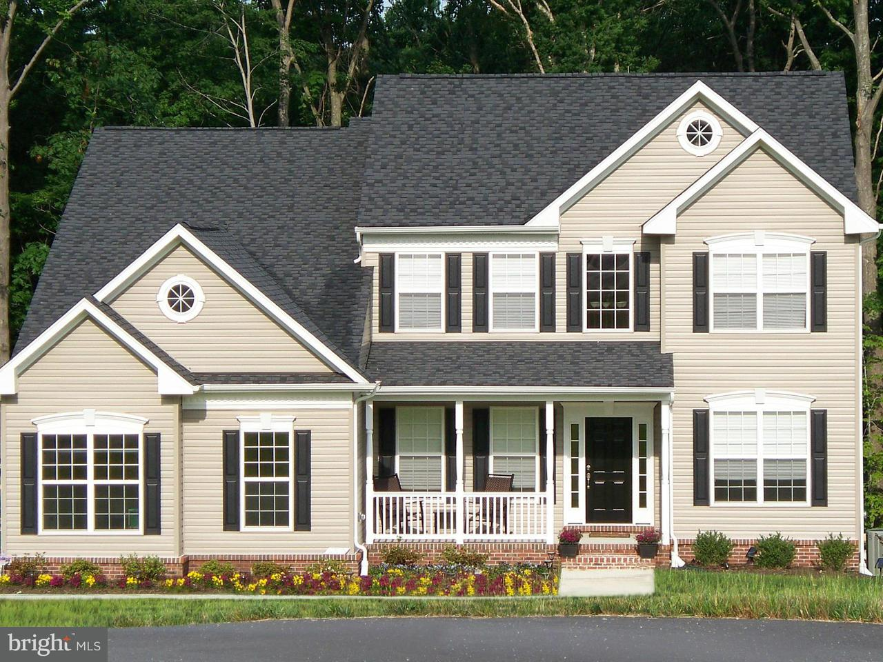 Частный односемейный дом для того Продажа на 1994 FOXWOOD LANE 1994 FOXWOOD LANE Lusby, Мэриленд 20657 Соединенные Штаты