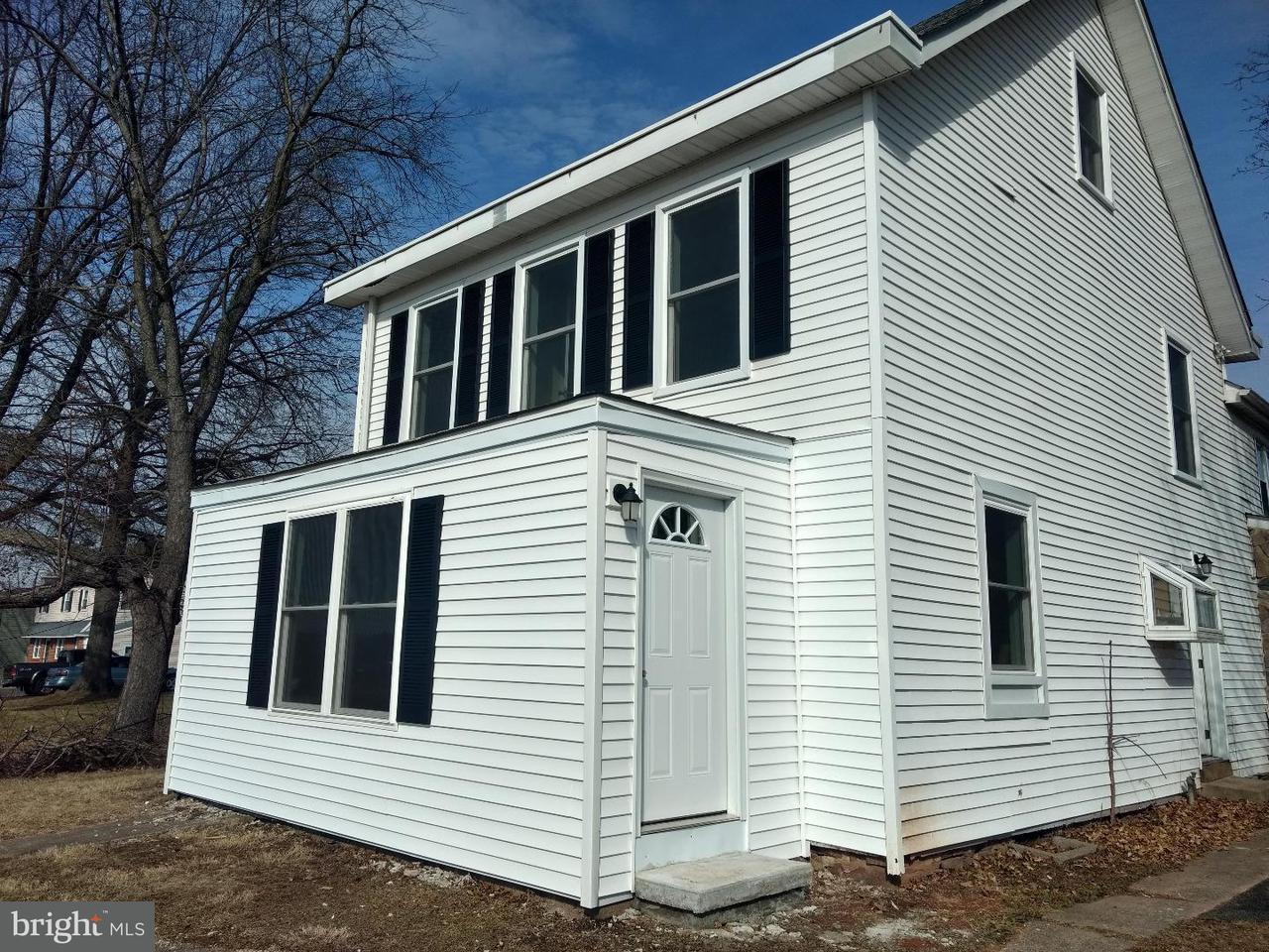 Townhouse for Rent at 910 MONTGOMERY AVE #A Pennsburg, Pennsylvania 18073 United States