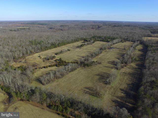 Additional photo for property listing at 10201 Robert E Lee Dr  Spotsylvania, Virginia 22551 United States