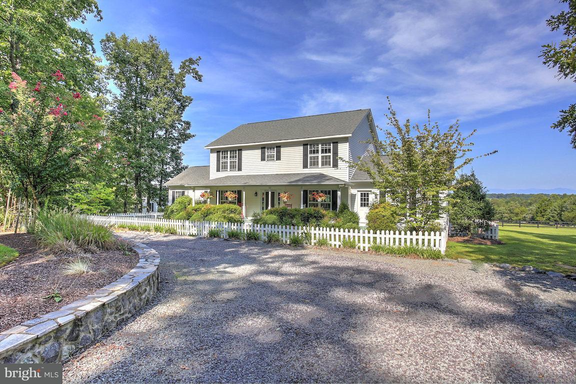 农场 为 销售 在 119 TURNER Drive 119 TURNER Drive 麦迪逊, 弗吉尼亚州 22727 美国