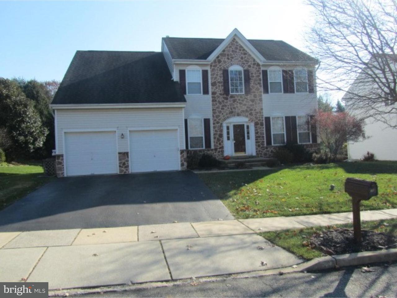Частный односемейный дом для того Аренда на 158 SIDE SADDLE Place West Chester, Пенсильвания 19382 Соединенные Штаты