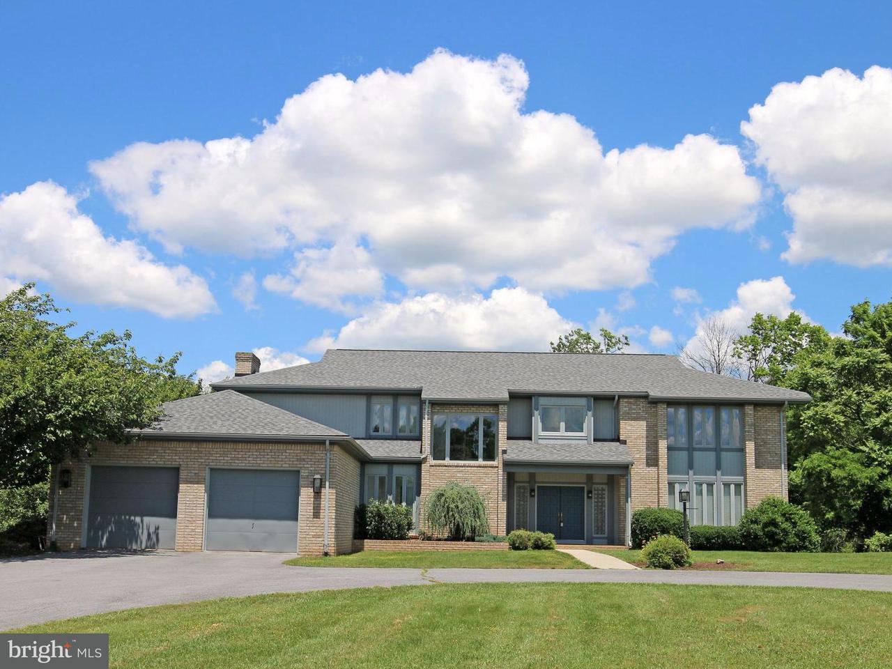 独户住宅 为 销售 在 77 Pierpoint Ter 77 Pierpoint Ter Martinsburg, 西弗吉尼亚州 25403 美国