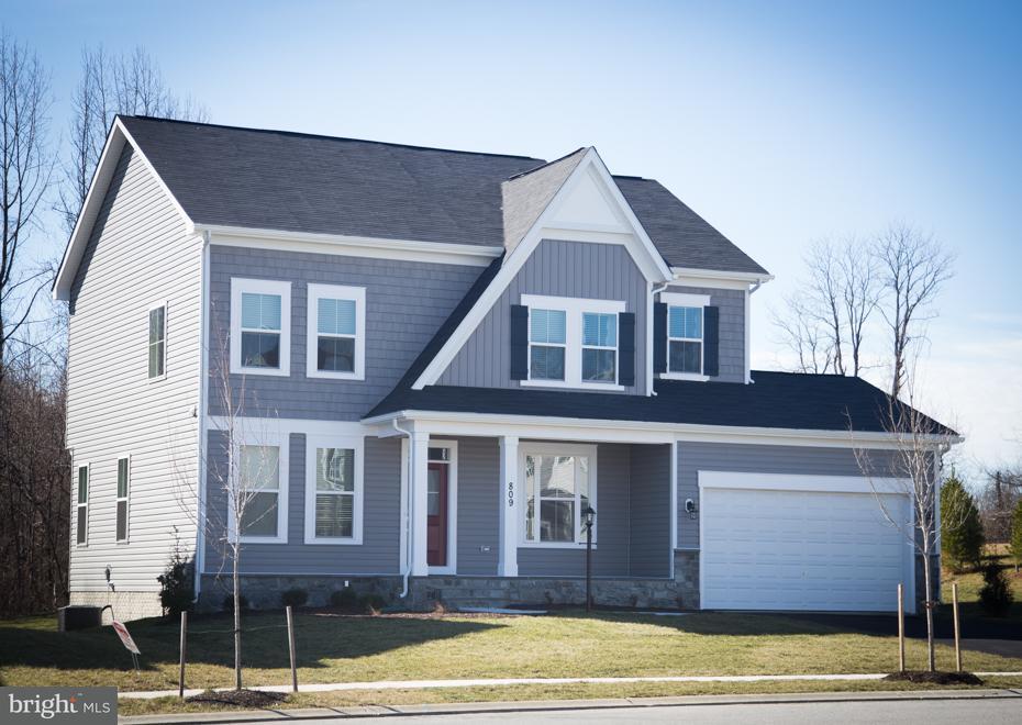 Maison unifamiliale pour l Vente à 17942 WOODS VIEW Drive 17942 WOODS VIEW Drive Dumfries, Virginia 22026 États-Unis