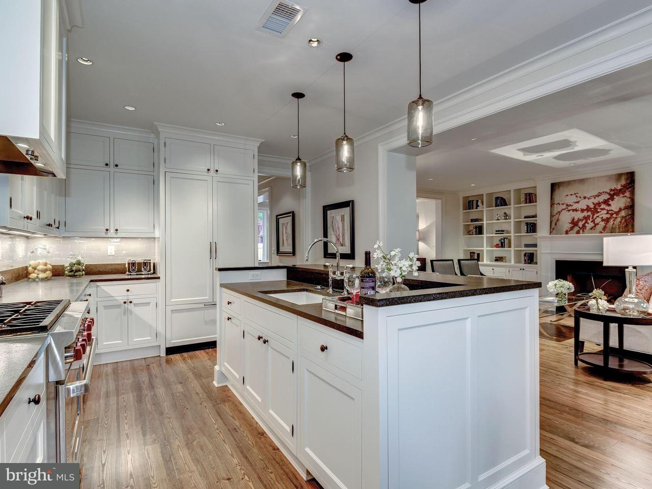 Additional photo for property listing at 1320 29th St NW  Washington, District Of Columbia 20007 United States